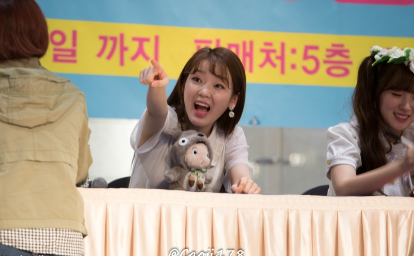 28/05/17 – OH MY GIRL FANSIGN (COLORING BOOK) – SEUNGHEE (31 PHOTOSV1)